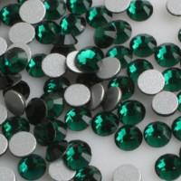 Стразы для ногтей Emerald 100 шт размер SS5 цвет P09