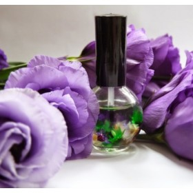 Цветочное масло для ногтей и кутикулы Naomi